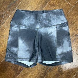 GILLY HICKS shorts